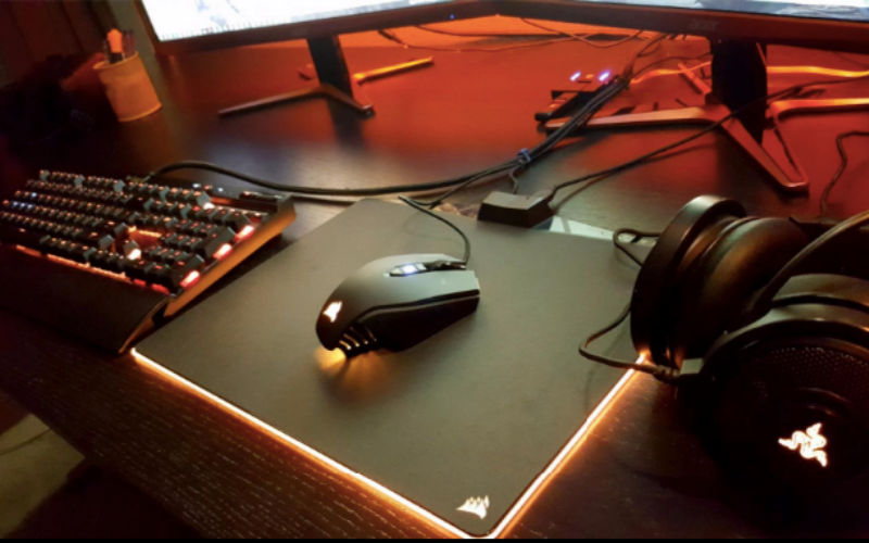 Best Hard-Surface Plastic and Metal Mouse Pads Guide